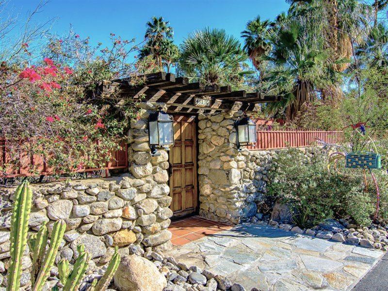 A home on the 2016 11th Annual Desert Garden Tour